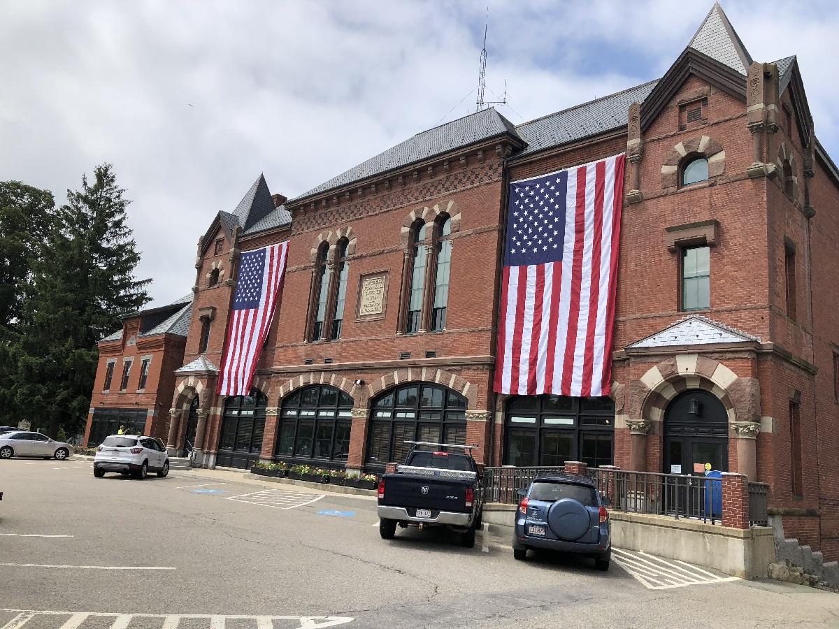 Holbrook Town Hall